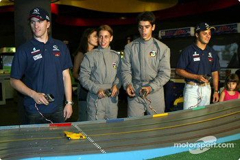 Visit at Hopi Haris Park: Nick Heidfeld and Felipe Massa