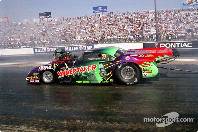 Tommy Gray's Undertaker Pro Mod At Spring Nationals