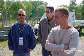 Panoz drivers check out the new additions to the Le Mans 24 Hours circuit: Bill Auberlen, Gunnar Jeannette and Jan Magnussen