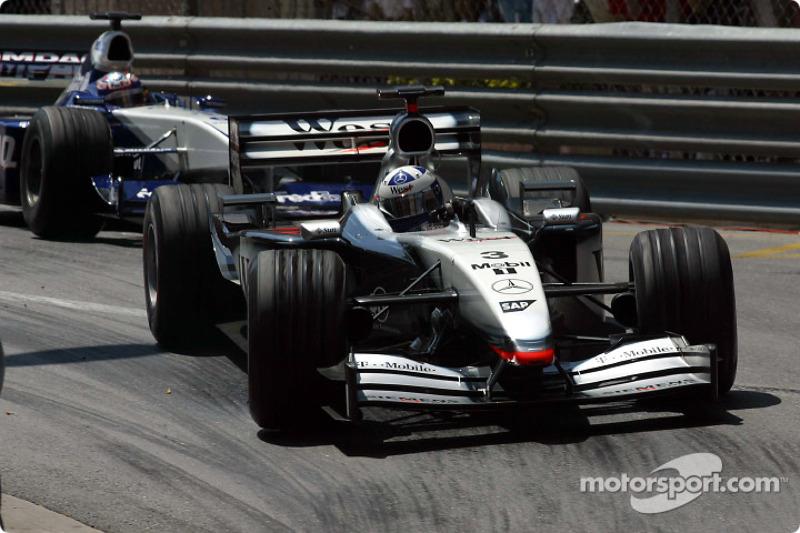 David Coulthard leading Juan Pablo Montoya