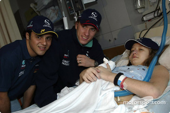 Visit of the Sainte-Justine Children hospital of Montreal: Felipe Massa and Nick Heidfeld