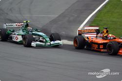 Enrique Bernoldi passing Eddie Irvine