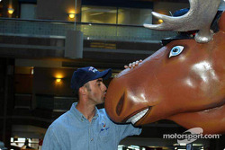 Visit of Toronto with ALMS drivers: David Brabham thinking about the Hawaiian Tropic girls