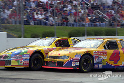 Mike Skinner and Ken Schrader trade paint