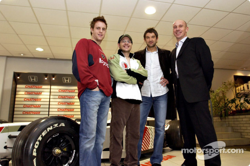 Jacques Villeneuve visits Chatham Honda dealership in Scotland