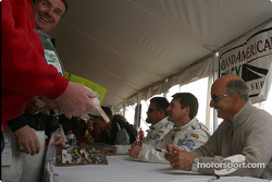 Autograph session: Scott Goodyear, Bobby Rahal and Randy Pobst