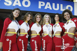 Shell V-Power girls