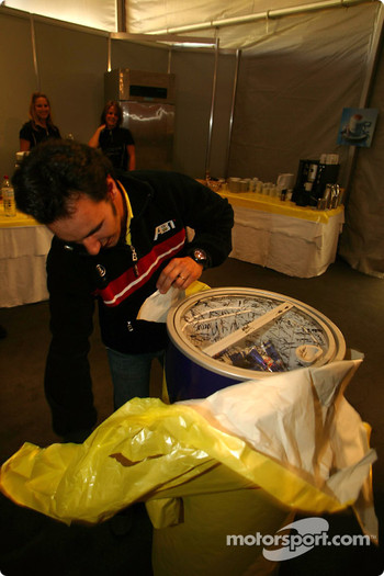 Laurent Aiello celebrates 34th birthday and receives a Red Bull freezer as a present