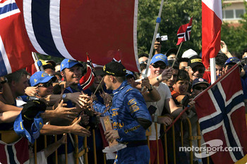 Petter Solberg and fans