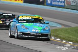 #41 Planet Earth Motosport-Porsche 911