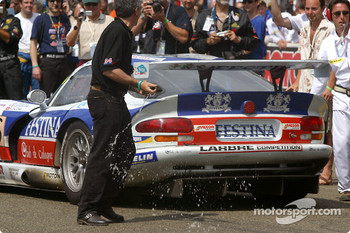 Champagne out for #86 Larbre Competition Chrysler Viper GTSR: Christophe Bouchut, Patrice Goueslard