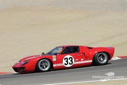 #33 1966 Ford GT-40