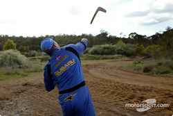 Petter Solberg tires his hand at boomerang throwing