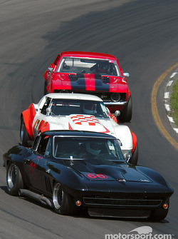 #66 1966 Chevrolet Corvette Coupe, owned by Salvatore Giglio leads a pack in the group 6 race