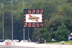 Michael Gunderson pilots the first top alcohol dragster to go over 280mph