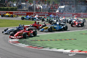 First chicane: Michael Schumacher leads Juan Pablo Montoya