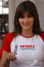 A charming Herdez girl