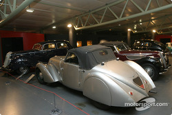 More cars from the 1940s and 1950s era