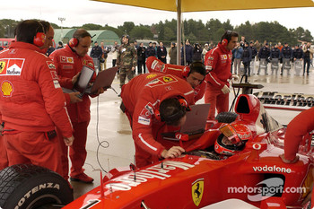 Michael Schumacher gets ready
