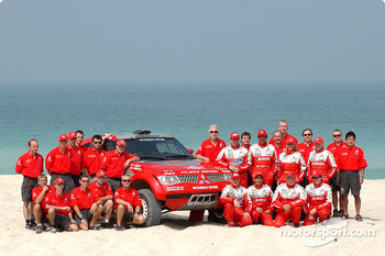 Mitsubishi Motors factory team for the Dakar 2004: Hiroshi Masuoka and Gilles Picard, Stéphane Peterhansel and Jean-Paul Cottret, Miki Biasion and Tiziano Siviero, Andrea Mayer and Andreas Schulz