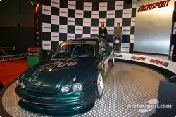 SCV8 car on Autosport Stage display