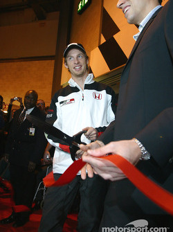 Jenson Button and Justin Wilson open Autosport International 2004