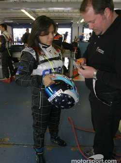 Milka Duno gets ready for the race