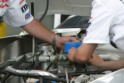 Crew install restrictor plate