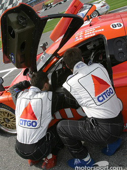 Doug Goad and Stephane Gregoire discuss with Robby Gordon