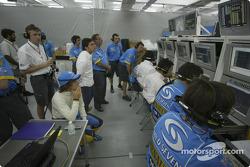 Fernando Alonso in Renault telemetry center