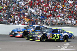 Mark Martin takes Brian Vickers on the outside