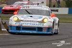 #71 JWR Porsche 996 GT3 RS: David Warnock, Mike Jordan