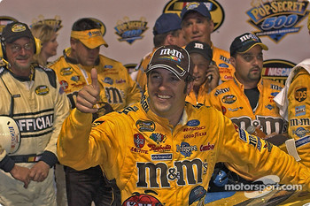 Elliott Sadler celebrates his victory of the Pop Secret 500