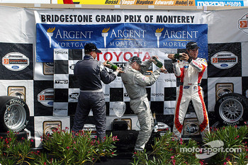 Podium: champagne for Jon Fogarty, Ronnie Bremer and Andrew Ranger