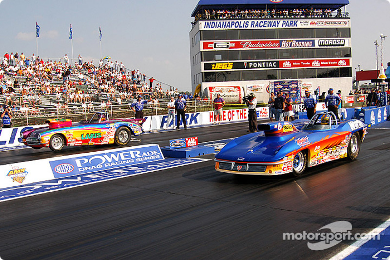 Super Gas final: Ross Laris and Ron Erks at Indianapolis