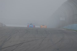 Can Am sprint race was the only race on Sunday due to heavy fog.