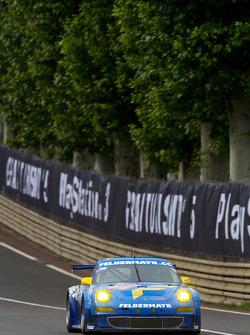 #88 Team Felbermayr-Proton Porsche 911 GT3 RSR: Horst Felbermayr Sr., Horst Felbermayr Jr., Miro Konopka