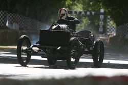 1905 Darracq 200HP: Mark Walker