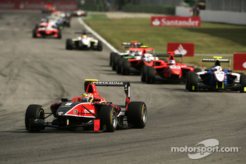 Rio Haryanto leads Simon Trummer