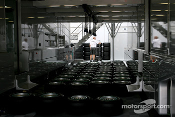 Mercedes GP trucks, Bridgestone tyres