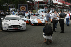 Speed Lover Aston Martin and Gulf Team First Lamborghini