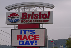 The main entrance sign to Bristol Motor Speedway