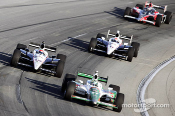 Tony Kanaan, Andretti Autosport leads the pack