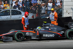 Trouble for Bruno Senna, Hispania Racing F1 Team, HRT