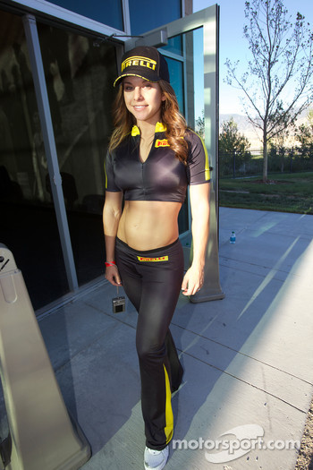 Pirelli farewell party: a lovely Pirelli girl
