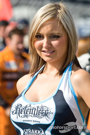 A grid Girl
