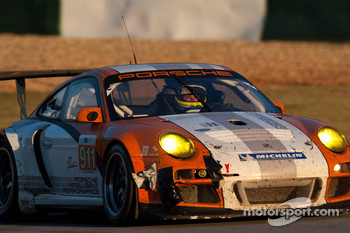 #911 Porsche Motorsports North America Porche 911 GT3R Hybrid: Timo Bernhard, Romain Dumas, Mike Rockenfeller