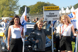 Sam Tordoff's grid girls