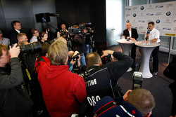 BMW returns to DTM press conference: ITR president Hans-Werner Aufrecht and BMW Motorsport director Dr. Mario Theissen