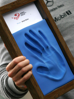 Jenson Button, McLaren Mercedes, hand printing session